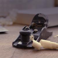 Travail du bois et copeaux de bois 1