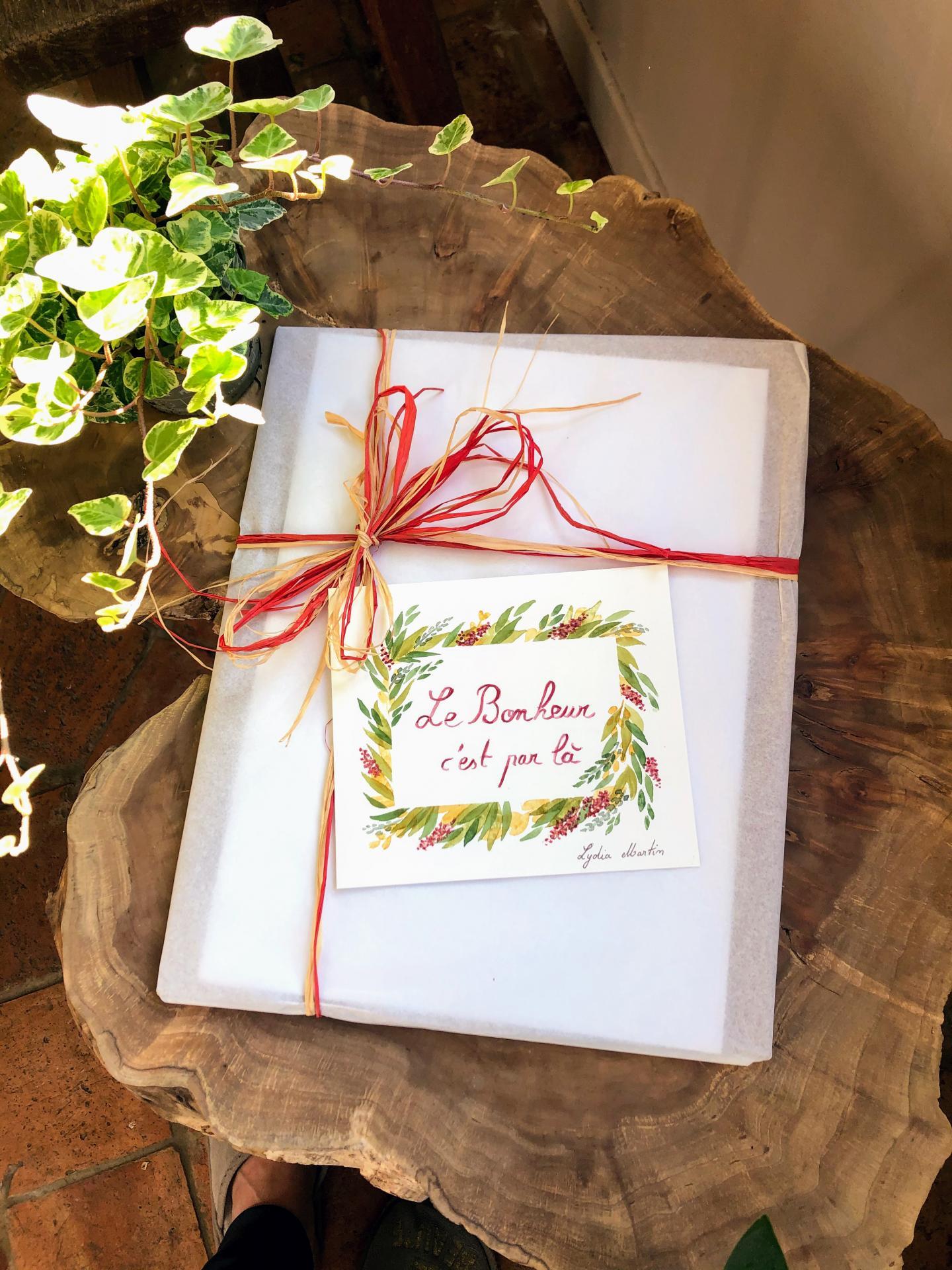 Emballage cadeau avec carte aquarellée